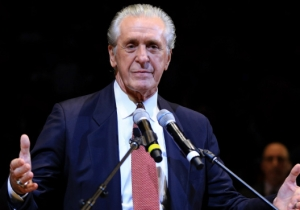 Pat Riley Told Heat Players He's 'Pulling The Plug' On Jimmy Butler Trade Talks For Now