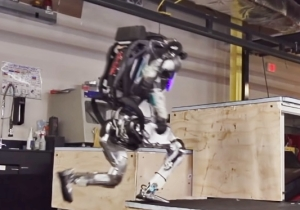 The Robot From Boston Dynamics Is Now Capable Of Parkour