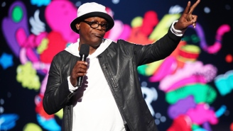 Samuel L. Jackson Is Scooping Kitty Litter To Help Swing The House In The Upcoming Midterms