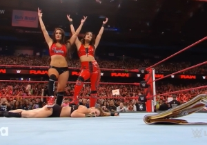 The Bella Twins Finally Turned On Ronda Rousey On WWE Monday Night Raw