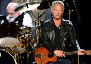 Lindsey Buckingham Is Suing Fleetwood Mac After They Kicked Him Out Of The Band