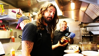 How Dave Grohl's Pulled Pork Obsession Led To Him Becoming An Amazing BBQ Pitmaster