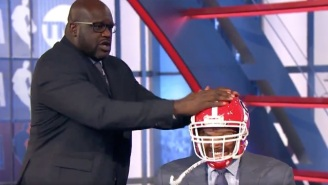Ernie Johnson Made Charles Barkley Wear A Georgia Football Helmet After The Bulldogs Beat Auburn