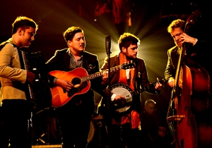 Mumford & Sons Discuss The Fertile Period That Led To The Most Ambitious Album Of Their Career, 'Delta'
