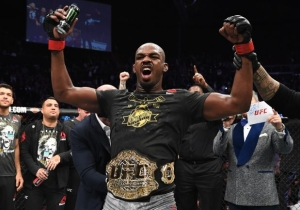 Jon Jones Knocked Out Alexander Gustafsson In The Third Round At UFC 232