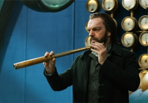The Age Of Rust And Scowls: The Plot of 'Mortal Engines' Recreated With Reviews