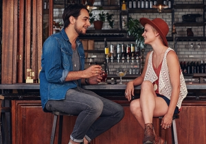 Bartenders Explain How To Chat Someone Up Without Looking Like A Creep