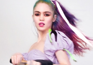 Grimes' New Demo 'Pretty Dark' Shows A Different Side Of The Enigmatic Singer