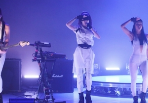 Watch Grimes Give An Enigmatic Performance Of 'We Appreciate Power' On 'The Tonight Show'