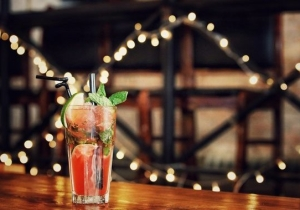 A Guide To Pairing Your New Year's Resolutions With Homemade Cocktails