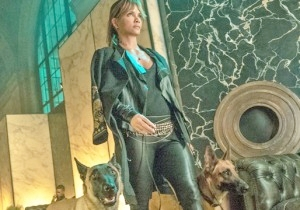 The 'John Wick: Chapter 3' Director Has Revealed How Halle Berry Actually Trained Her Character's Dogs