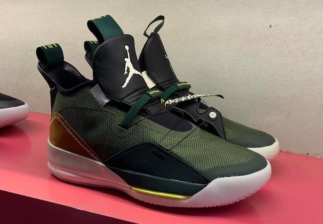 low priced 92291 e5114 Here's Your First Look At Travis Scott's Air Jordan 33s