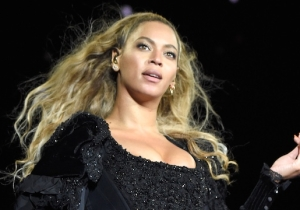 Beyonce's 'Homecoming' Film Reportedly Ended Up On Netflix Thanks To A 'Ridiculously Big Money Offer'