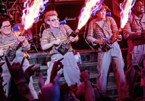 The New Ghostbusters Movie Shouldn't Ditch Everything From The Reboot