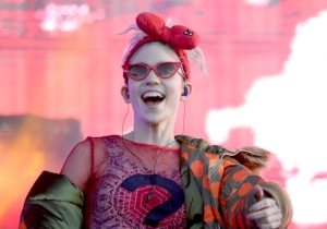 Grimes Hid A New Song Deep In Soundcloud, And The Internet Found It Somehow