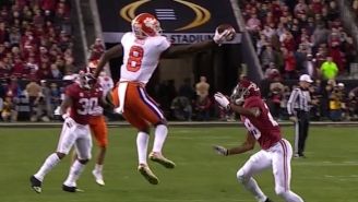 Justyn Ross Made An Absurd One-Handed Catch As Clemson Dominated Alabama