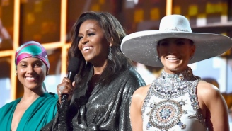 Michelle Obama's Hilarious Texts With Her Mom Reveal She Wasn't Impressed By Her Grammys Appearance