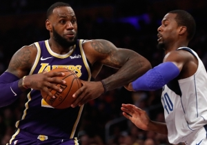 LeBron Thinks There's A Double-Standard Inherent With The Mavs Trading Harrison Barnes During A Game