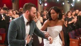 Chris Evans Rushed To Help Oscar Winner Regina King To The Stage, And People Can't Handle It