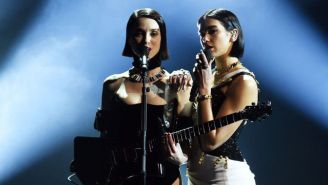 St. Vincent And Dua Lipa Joined Forces For A Sultry Mashup Of 'Masseduction' And 'One Kiss' At The 2019 Grammys