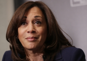 Kamala Harris' Claims About Listening To Snoop Dogg And Tupac When She Smoked Weed Are Being Challenged By Weed-Rap Nerds