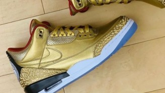 Spike Lee Has Some Amazing Custom Gold Jordan 3s For The Oscars