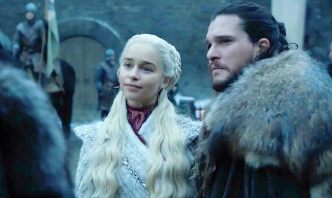 Emilia Clarke And Kit Harington's Reactions To A Major 'Game Of Thrones' Twist Have Fans Talking