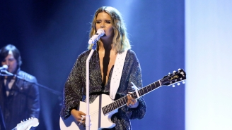 Maren Morris Delivered A Stunning Performance Of 'Girl' On 'Fallon'