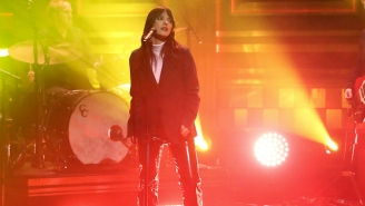 Sharon Van Etten Gave An Electrifying Performance Of 'Comeback Kid' On 'Fallon'