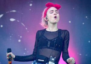 Grimes Is Going To Have A 'Public Execution' Of Her 'Grimes' Persona