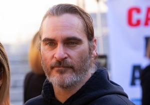 'Joker' Director Todd Phillips Shares A Poignant Photo Of Joaquin Phoenix From The Editing Stage