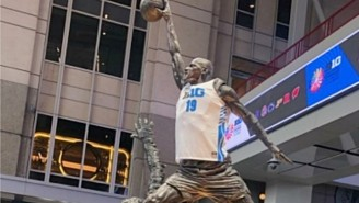 The Big Ten Put A B1G Jersey On Michael Jordan's Statue In Chicago For The Conference Tournament