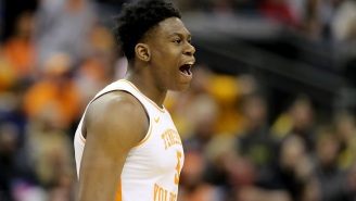 Tennessee Survives Iowa's 25-Point Comeback To Win In Overtime And Make The Sweet 16