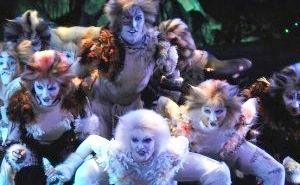 We Got Our First Look At 'Cats' At CinemaCon, And We Cannot Wait