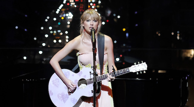 Watch Taylor Swift S Time 100 Gala Performance