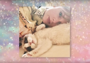 Taylor Swift Met Her New Kitten Benjamin Button On Set For The 'ME!' Video