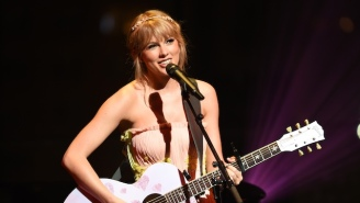 Kelly Clarkson Suggests That Taylor Swift Should Re-Record All Her Music To Solve The Scooter Braun Drama