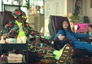 Watch 2 Chainz Use His Phone To Buy Mount Fuji In A Hilarious Ad With Awkwafina