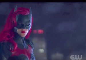 'Batwoman' Got Picked Up For A Full Series The Same Day It Got A New Teaser