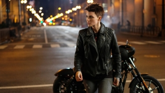 'Batwoman' Will Definitely Let Ruby Rose's Hero Have Girlfriends And Go On Dates, Swears Its Producer