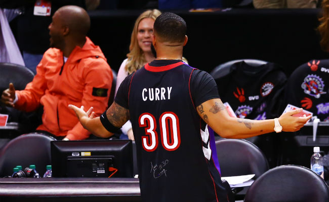 official photos 9d2a3 c286b Here's How Drake Found A Raptors Curry Jersey To Troll Steph ...