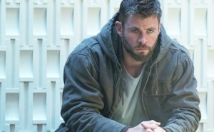 Chris Hemsworth Battled To Keep Thor's Transformation Intact Throughout 'Avengers: Endgame'