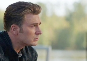 Chris Evans Broke Captain America's Biggest Endgame Development To A Cast Member In The Best Way