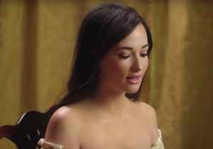 Kacey Musgraves' 'Mother' Video Is A Sweet Dedication For The Holiday