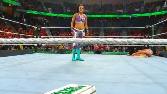 Watch The Women's Money In The Bank Briefcase Get Cashed In At Money In The Bank