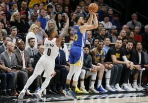 Steph Curry Led Another Warriors Comeback As They Sweep The Blazers In Overtime
