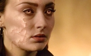 Would The New 'X-Men' Movie Have Been A Bigger Hit If Sophie Turner's 'Phoenix' Looked Like This?
