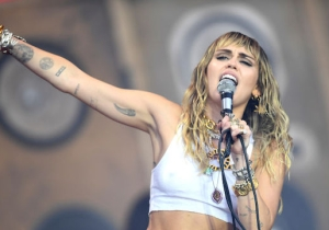 Miley Cyrus Performed Her Song From 'Black Mirror' And Brought Out Lil Nas X At Glastonbury
