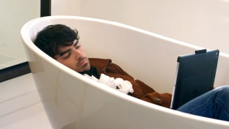 Joe Jonas Is Really Sad About 'Game Of Thrones' Ending In A Hilarious Jonas Brothers Sketch