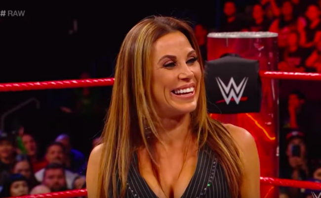 Mickie James Reportedly Out Of Action With A Knee Injury